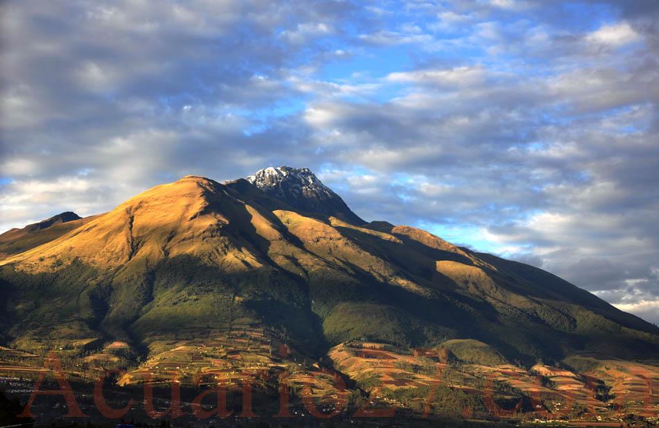 El Imbabura.- foto: Acuario27