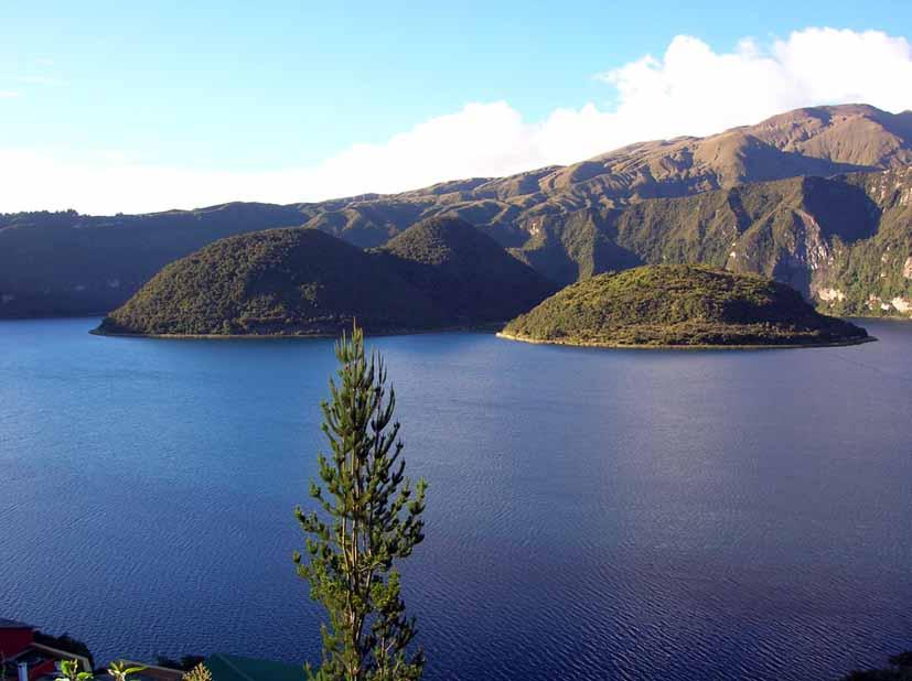 Laguna de Cuicocha: Foto Acuario27 - Archivo
