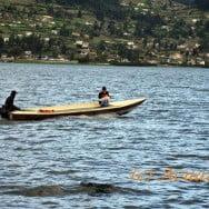 Paseando al Perro. Lago San Pablo. Foto: Acuario27