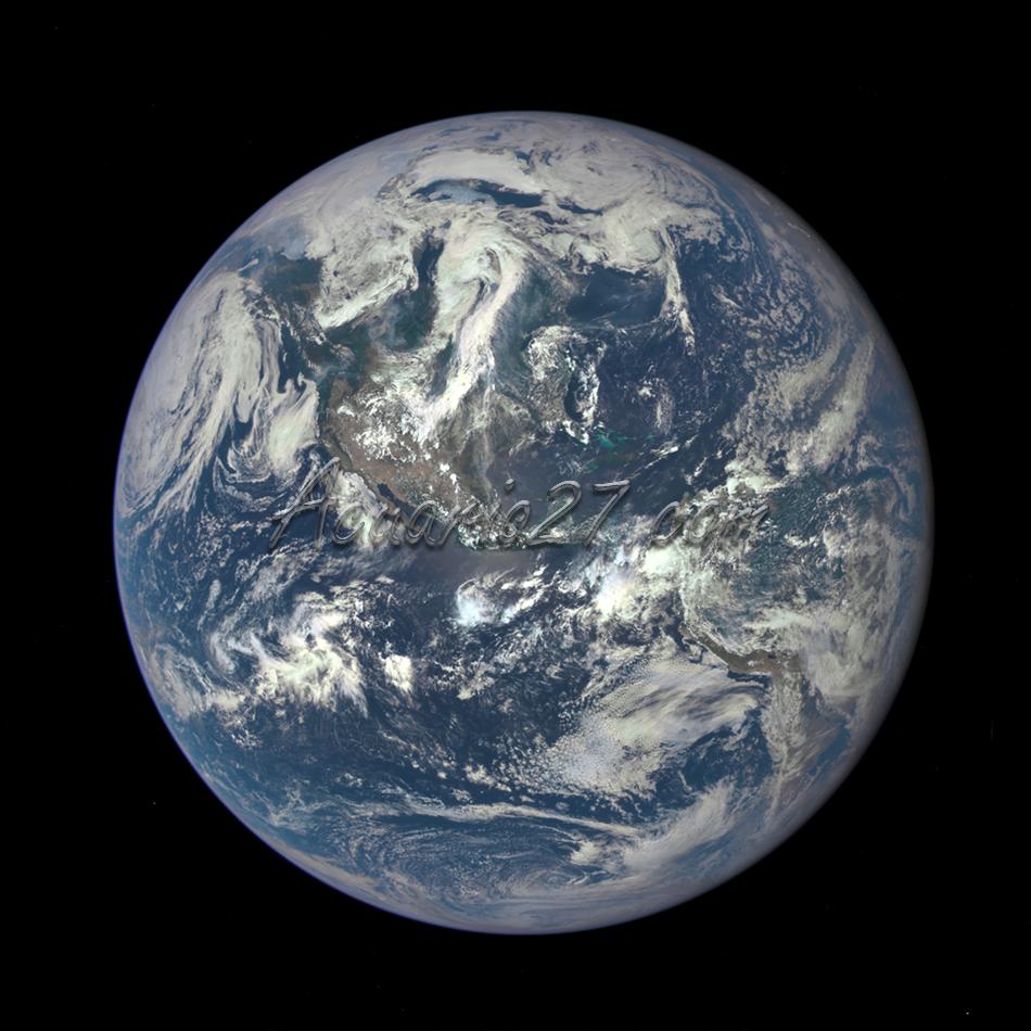 Tierra, 6 de julio 2015, desde una distancia de millón millas por una cámara científica de la NASA a bordo de la nave espacial Deep Observatorio del Clima Espacial. Créditos: NASA