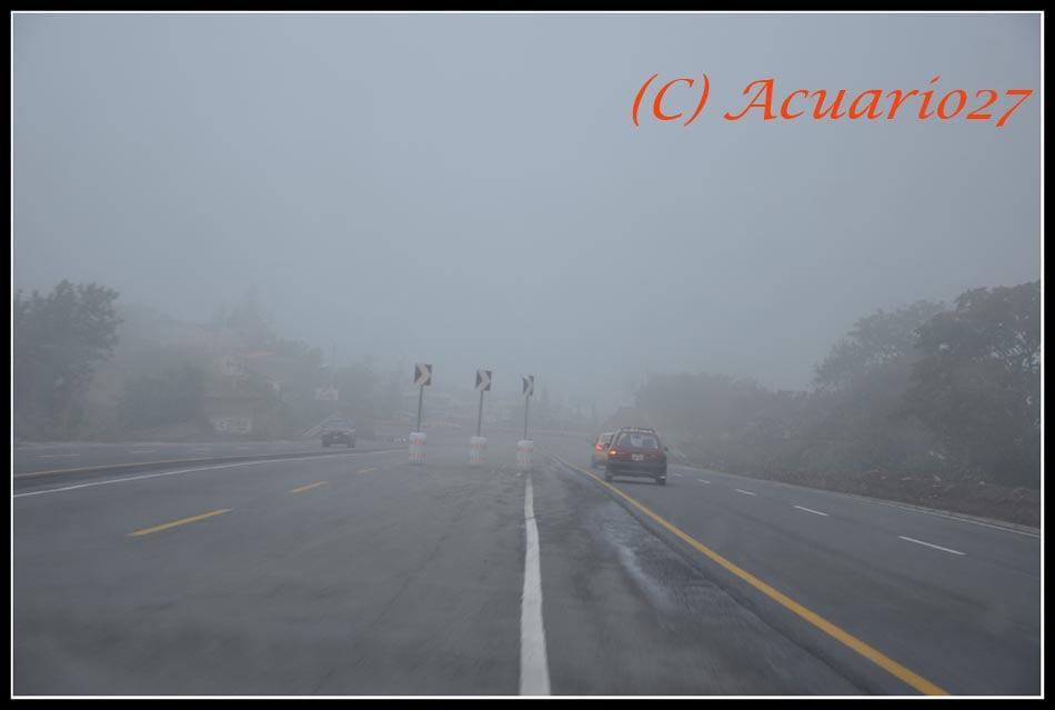 Autovía Ibarra - Otavalo. foto: Acuario27