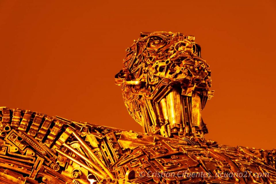 El Renacer. Escultura Fábrica Imbabura