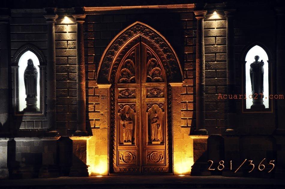 281/365 Puerta